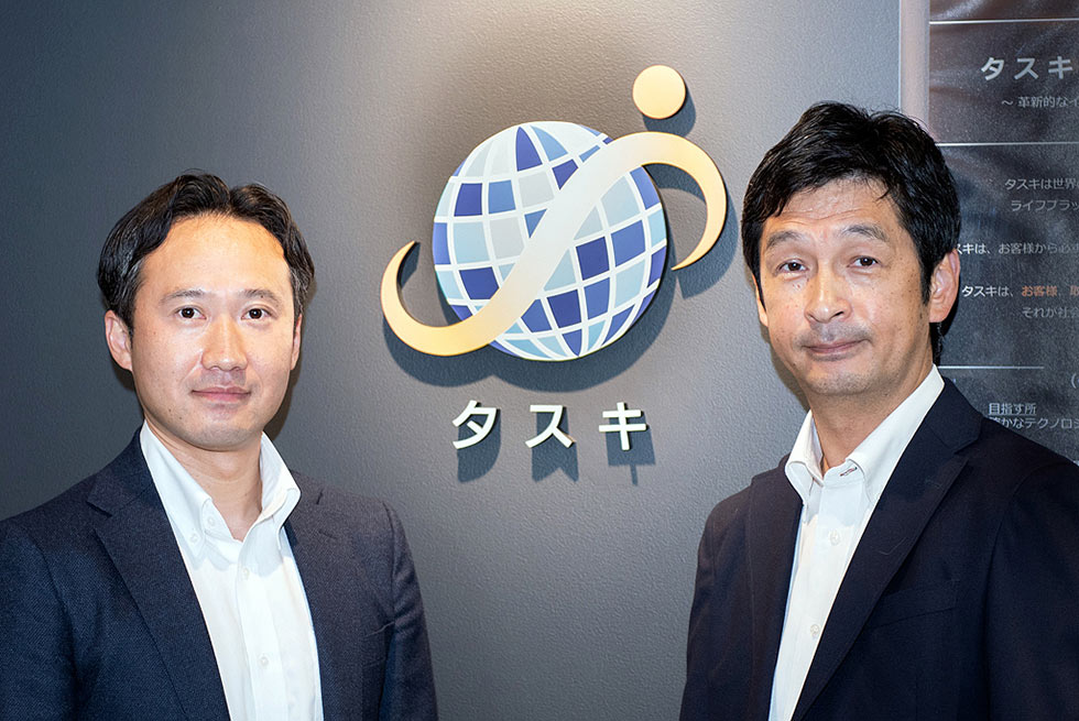 「経営✕テクノロジー」の最先端を切り拓くメディア 経営ハッカーにて、代表の村田と柏村取締役のインタビューが掲載されました